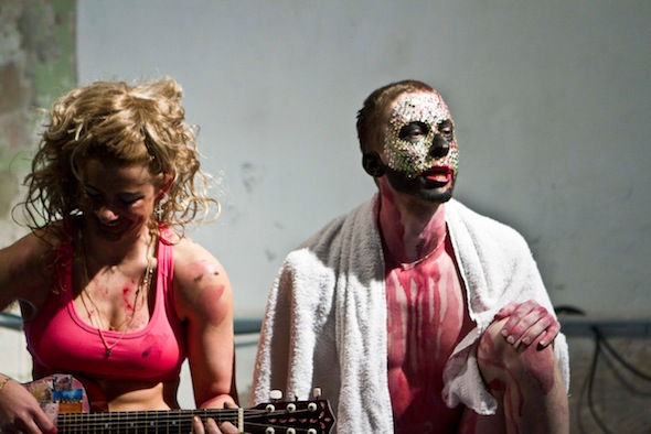 Vincent & Flo, Performance at Basso