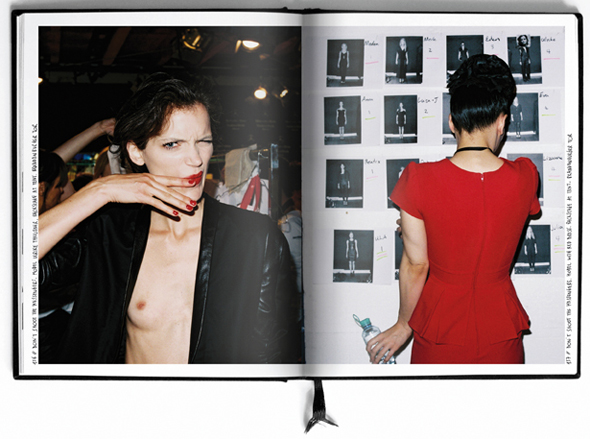 © THE PHOTODIARY™ / Maxime Ballesteros Dont Shoot The Messengers, backstage