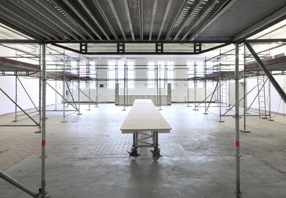 Post-Studio Tales, exhibition architecture by Something Fanstastic, photo: Heiko Schäfer