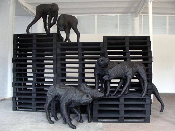 """Paolo Grassino - """"Analgesia_Nero"""" (2012), Beufort"""