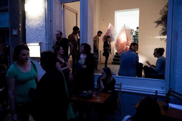 Elizabeth Delfs, exhibition view at Sur la Montagne, 2012; photo by Chloé Richard