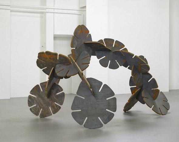 "Ernesto Neto - ""Animal Nature"" (2013), 25 mm corten steel, 216 x 348 x 216 cm; courtesy of Galerie Max Hetzler"
