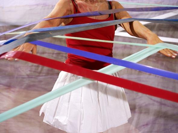 """Sabine Dehnel - """"Linda V."""" (2009), C-Print/Diasec, 50 x 66 cm; © Sabine Dehnel, VG Bildkunst"""
