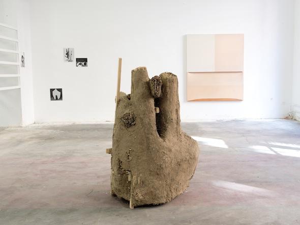 """Jens Nippert - """"Hand-Faust-Grenze""""; Berlin Art Prize 2013; photo by Philipp Külker"""