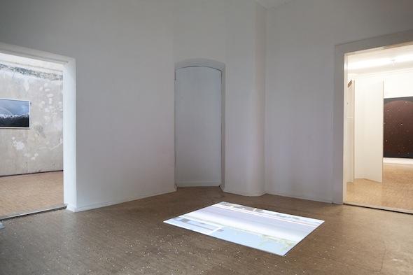 "Nicolas Boillot - ""Isotopie"" (2009), installation view at km temporaer, photo: Joe Goergen"