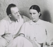 Berlin Art Link Discover, Photo of Erich and Luise Mendelsohn by Alfred Bernheim, © The Getty Research Institute, Los Angeles