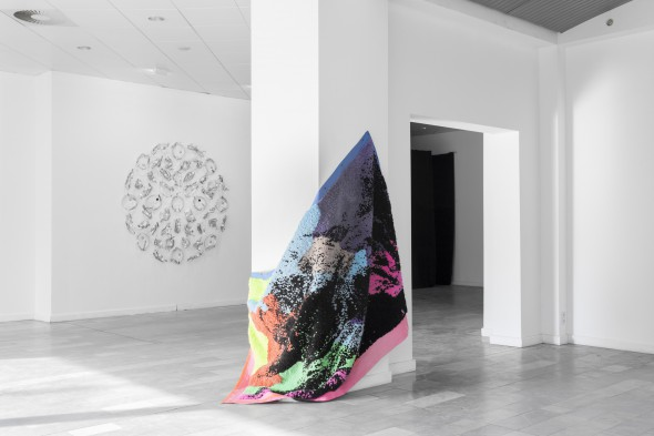 """Luca Pozzi """"Wall String #8"""" (2013), installation view, photo courtesy of Leap"""