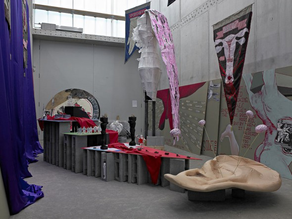 Berlin Art Link Review of Chto Delat's exhibition at KOW Gallery