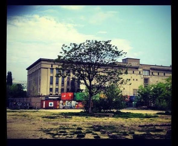 berlinartlink-Berghain, Photo- Göksu Kunak