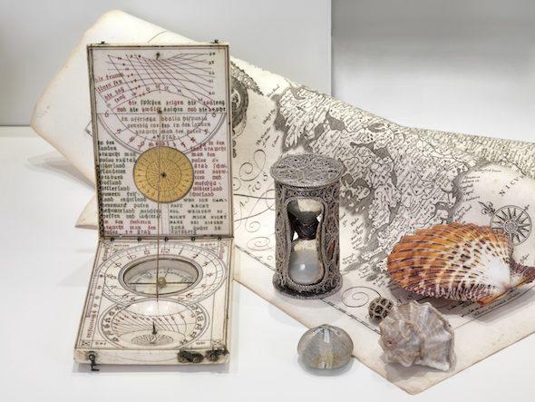 science notes from the wunderkammer olbricht berlin. Black Bedroom Furniture Sets. Home Design Ideas
