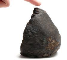 berlinartlink_rachel-de-joode_Not_Touching_A_Meteorite