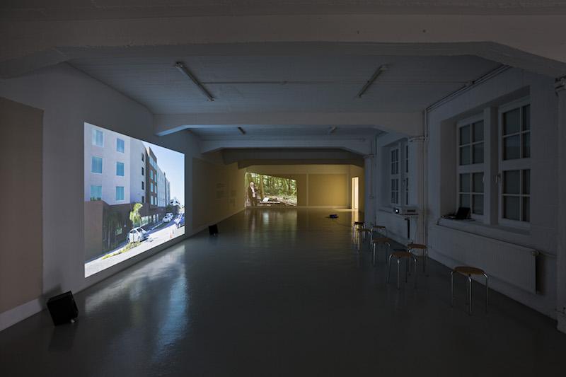 berlinartlink-intervention-emptyvillage
