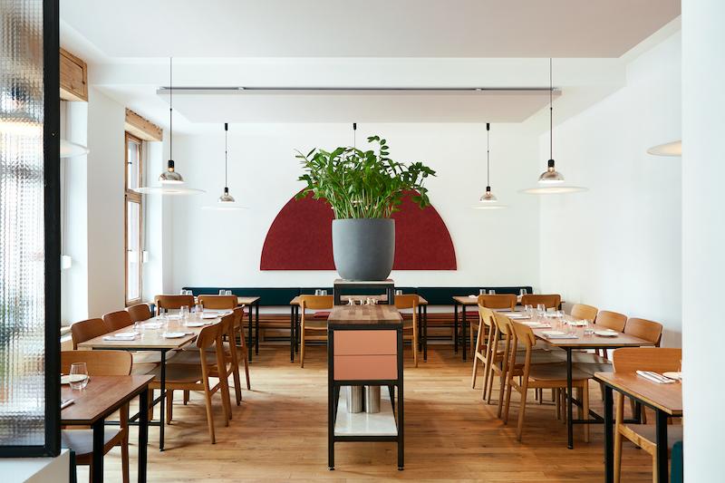 Berlin Art Link Hotel + Restaurant Guide: Lode Stijn