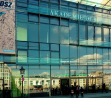 A photograph of the outside of Die Akademie der Künste Berlin.